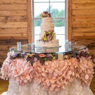 Hidden Creek Cake Table