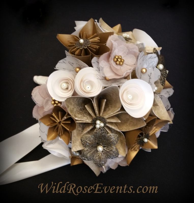 WildRoseEvents-antique-gold-bridal-bouquet-with-pearls-at-Providence-Bridal-Rockwall-with-metalic-accents