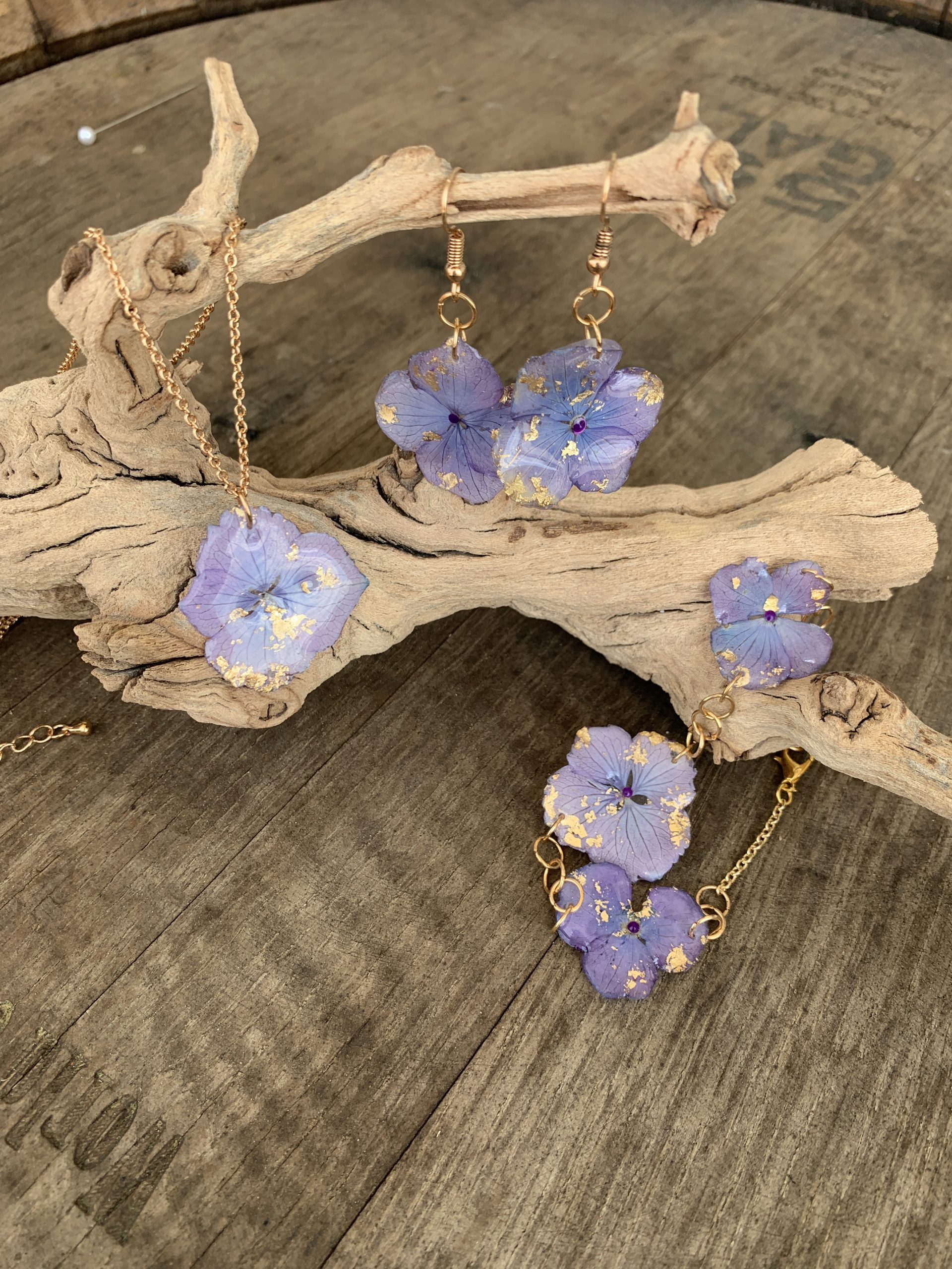 Orchid Earing and Necklace Set